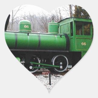 tren - parque de estado natural del túnel de la pegatina en forma de corazón