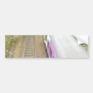 Tren púrpura, pistas ferroviarias, túnel, viajando pegatina para auto