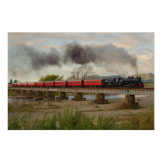 Tren que cruza el río de Otaki Impresiones