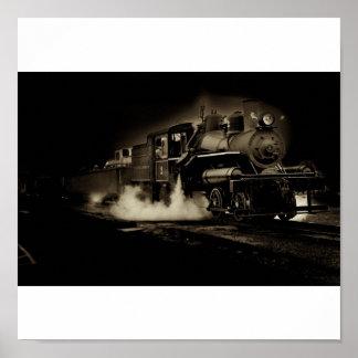 Tren viejo del vapor a lo largo de la costa de Ore Posters