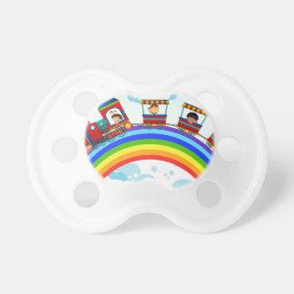 Tren y arco iris chupetes de bebé