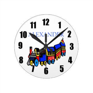 Tren y nombre de Choo-Choo Reloj Redondo Mediano