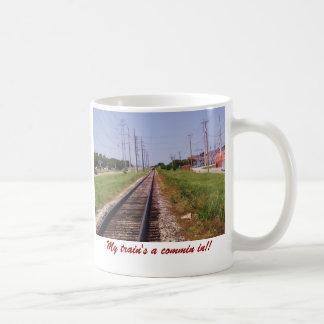 ¡tren y pistas 2, un commin de mi tren adentro!! taza básica blanca