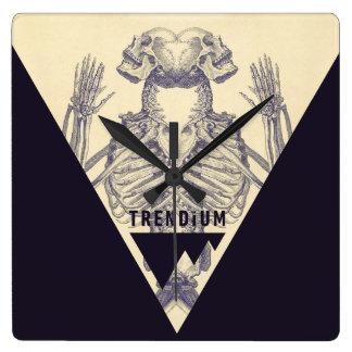 Trendium Vintage Symmetrical Skeleton Triangle Clock