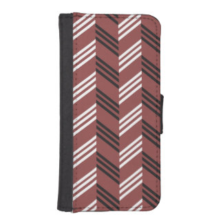 Trendy Brownish Red Zigzag Geometric Pattern iPhone 5 Wallet Cases