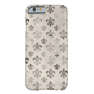 Trendy Distressed Silver Grey Fleur De Lis Pattern iPhone 6 Case