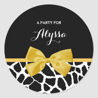 Trendy Giraffe Print Golden Yellow Bow With Name Classic Round Sticker