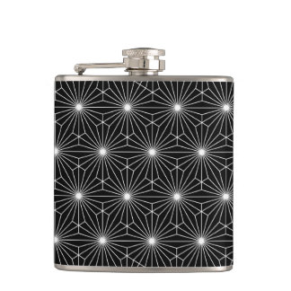Trendy Optical Black and White Pattern Hip Flasks