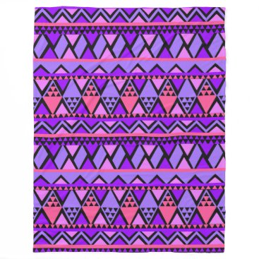 Aztec Themed Trendy Stylish Tribal Geometric Pattern Fleece Blanket