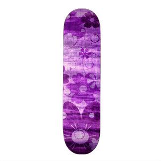 Trendy Violet Flower Vintage Skateboard