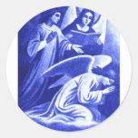 Tres ángeles etiquetas redondas