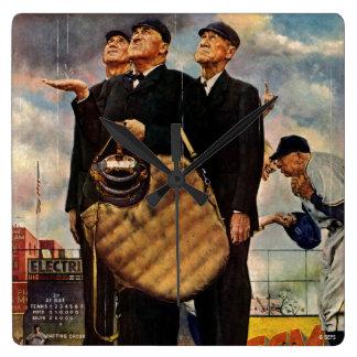 Tres árbitros reloj cuadrado