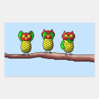 Tres búhos sabios, no oyen, ven y hablan ningún pegatina rectangular