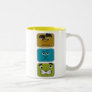 Tres caras del monstruo taza de dos tonos