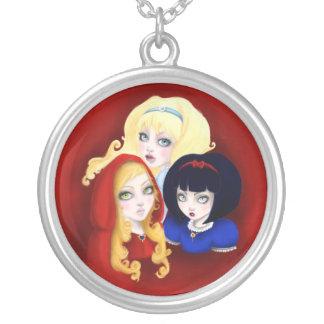 Tres chicas de cuentos de hadas colgante redondo