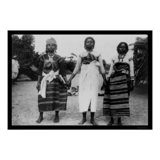 Tres chicas de Madagascar 1910 Poster