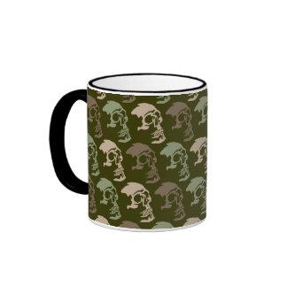 Tres cráneos van comando taza de café