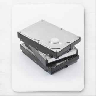 Tres discos duros apilados alfombrilla de ratón