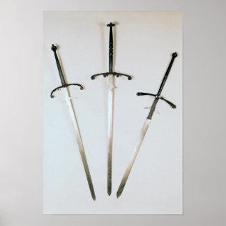 Tres espadas ambidextras, 1570 impresiones