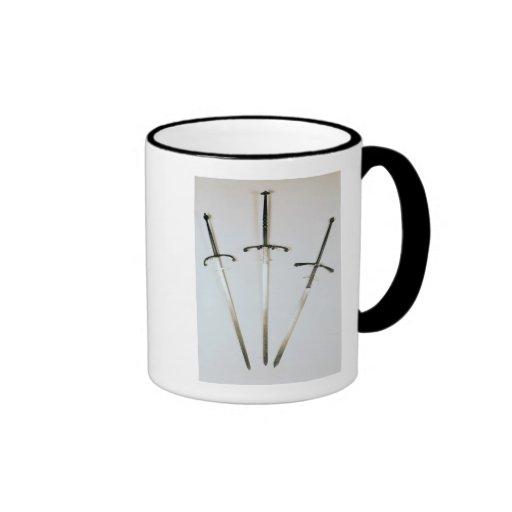 Tres espadas ambidextras, 1570 tazas de café