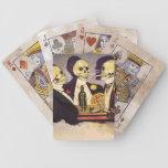 Tres esqueletos baraja cartas de poker