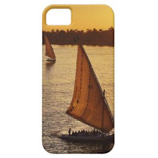 Tres falukas con los turistas en el río Nilo en Funda Para iPhone SE/5/5s