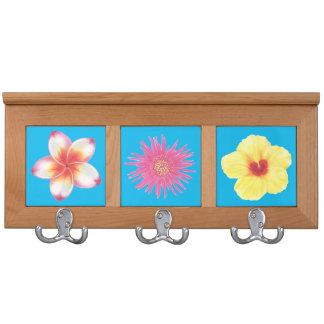Tres flores tropicales