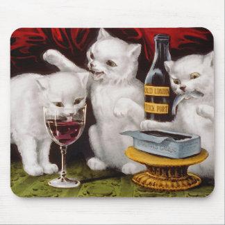 Tres gatitos alegres alfombrilla de ratón