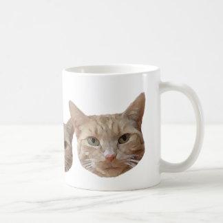 Tres gatos beige/blanco/naranja taza de café