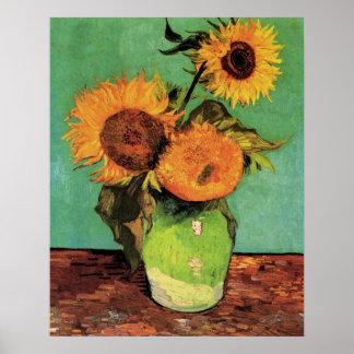 Tres girasoles en un florero de Van Gogh Póster