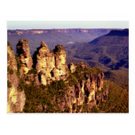 Tres hermanas, montañas azules postales