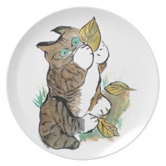 Tres hojas y un gatito del tigre platos para fiestas