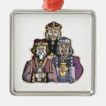 Tres hombres sabios ornamente de reyes