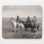 Tres jefes de los Blackfeet de Piegan - vintage Tapetes De Raton