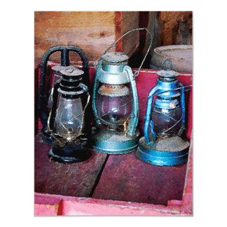 Tres lámparas de keroseno invitación