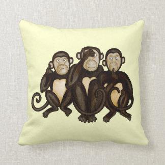 Tres monos sabios cojin