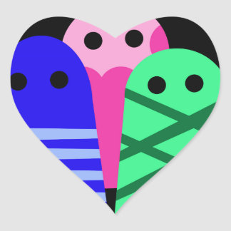 Tres monstruos pegatina en forma de corazón