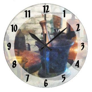 Tres mortero y majas reloj redondo grande