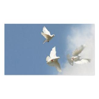 Tres palomas que vuelan tarjetas de visita
