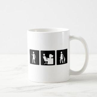 Tres pequeñas imágenes - mujeres 5 taza de café