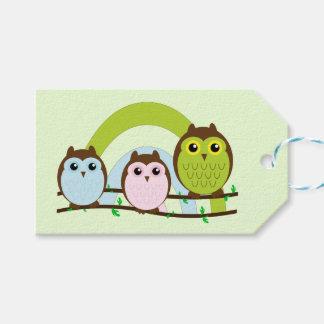 Tres pequeños búhos etiquetas para regalos