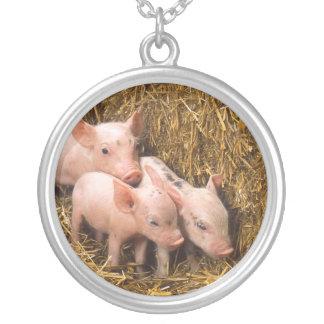Tres pequeños cerdos joyeria