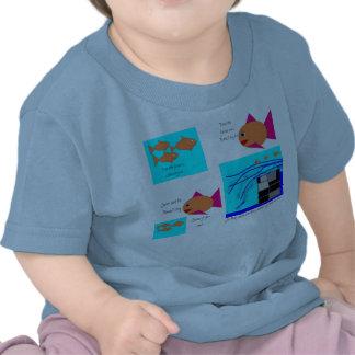 Tres pequeños pescados camiseta