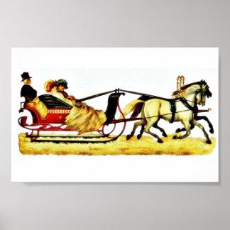 Tres personas que montan en un coche del caballo póster