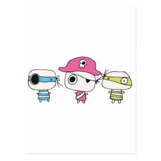 Tres piratas van en colores pastel postales