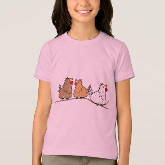 Tres pollos en un Branche - camiseta de los chicas Playeras