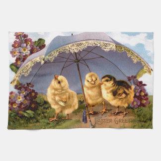Tres polluelos encantadores de Pascua Toalla