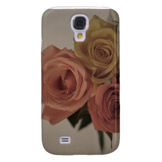 tres rosas pálidos coloreados en sombras del vinta funda para galaxy s4