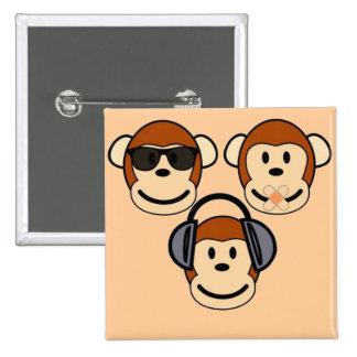Tres sabios y monos enrrollados pin cuadrada 5 cm