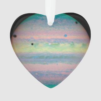 Tres sombras del molde de las lunas en Júpiter
